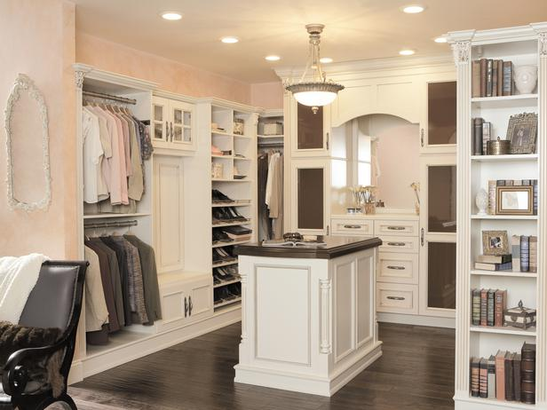Luxurious Walk In Bedroom Closets A Wah Mom S Point Of View